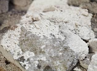 Prestigious European award for growing smart rocks